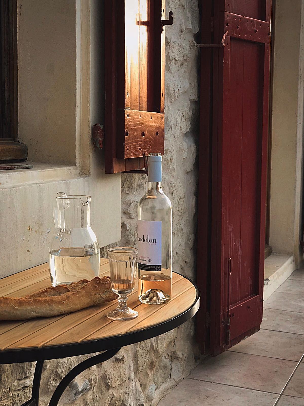 La_Broutte_Terrasse_Wein und Brot_1